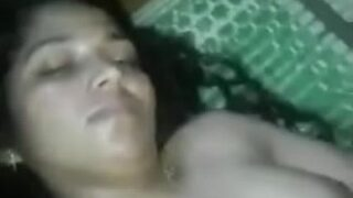 காம ஆசையில் 20 வயது மங்கையின் நிர்வாண செக்ஸ் வீடியோ