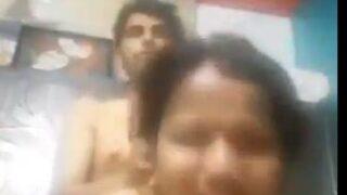 எப்படி ஒழுபது என்று சொல்லி தரும் அக்கா செக்ஸ் வீடியோ