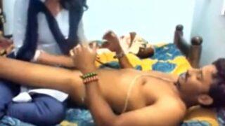 காலேஜ் அத்தை பெண் முதல் முறை பூல் ஊம்பல்