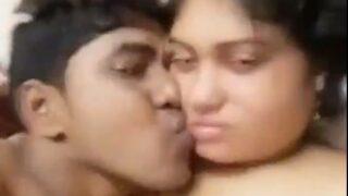 காதலியுடன் வீட்டினில் தமிழ் கில்மா செக்ஸ் வீடியோ